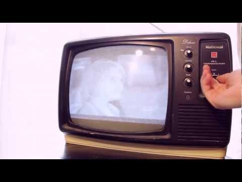 Old School Awesome - The Television - History // How it works // Which type is best